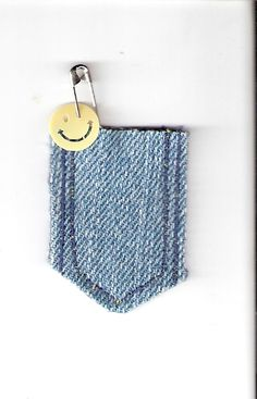 Great use for old denim-and especially cute with the lyrics to the Brownie Smile Song tucked inside! http://girlscoutswaps.webs.com/apps/photos/photo?photoid=130349070
