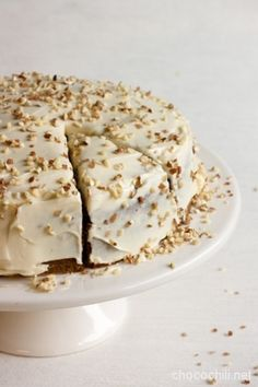 vegan carrot cake, porkkanakakku by Chocochili Sweets Recipes, No Bake Desserts, Vegan Desserts, Baking Recipes, Vegan Carrot Cakes, Vegan Cake, Sweet Pastries, Vegan Baking, Vegan Foods