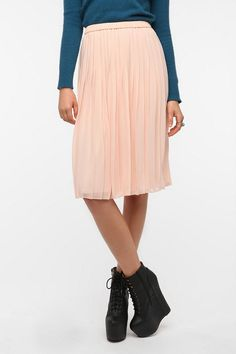 Sparkle & Fade Pleated Chiffon Midi Skirt - Urban Outfitters