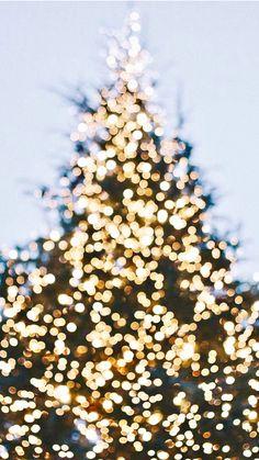 Christmas music, christmas merry little christmas, white christmas, c Christmas Lights Background, Christmas Lights Wallpaper, Christmas Phone Wallpaper, Holiday Wallpaper, Best Wallpaper Iphone, Of Wallpaper, Backgrounds Wallpapers, Aesthetic Wallpapers, Christmas Mood