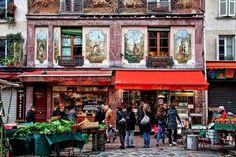 Le Marché de la rue Mouffetard. One of the best street markets in Paris in one of the oldest streets - rue Mouffetard.