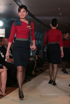 New SilkAir uniforms for Senior Cabin Crew