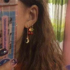 Ear Cuffs No Piercing, Ear Cuff, Double Hoop Ear Cuff, Conch Fake Piercing, ☆☆ No piercing required ☆☆ Metal: Silver Ear Cuff Vintage Stil, Mode Vintage, Looks Vintage, Ear Jewelry, Cute Jewelry, Jewelry Accessories, Jewlery, Trendy Jewelry, Crystal Jewelry