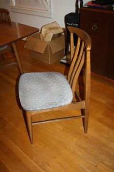Found on EstateSales.NET: Matching mid century modern Danish chair. Note curves wood