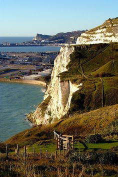 The White Cliffs and Dover by Serena Bowles Dover England, White Cliffs Of Dover, I Want To Travel, Amazing Pics, Worcester, Travel And Tourism, Abandoned Places, Homeland, Places Ive Been