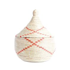 Lidded Warming Basket - Red Garland