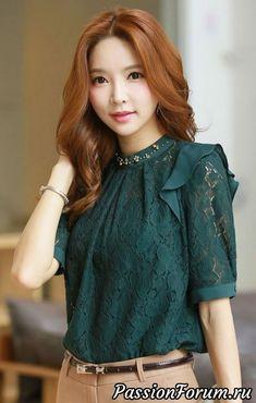 Ruffle Shoulder Detail Half Sleeve Lace Blouse (Love the shirt) Modest Fashion, Hijab Fashion, Korean Fashion, Fashion Dresses, Batik, Business Fashion, Chic Outfits, Dress Patterns, Blouse Designs