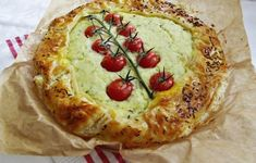 Vegetable Pizza, Quiche, Food And Drink, Vegetables, Breakfast, Pie, Morning Coffee, Quiches, Vegetable Recipes