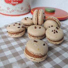 Macarons noisette, ganache praliné