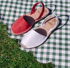Red or White? Maybe both.  Original Menorquinas Sandals at The Avarca Store . Picnic outfit