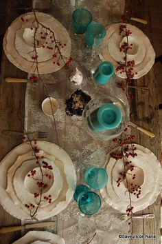Assiettes de Valérie Casado <3 Wind Chimes, Plates, Nice Things, Outdoor Decor, Tables, Home Decor, Bowls, Dinner Plates, Pottery