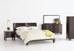 bedroom set Love the bed