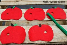 Felt: Apple Activity by Mari from Inspired By Family at Kids Activities Blog