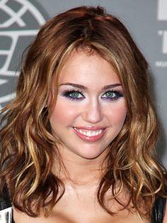 Miley Cyrus - Medium Wavy Hair. Love the color