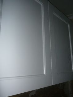 Hopefully you can see the texture on the kitchen cupboards