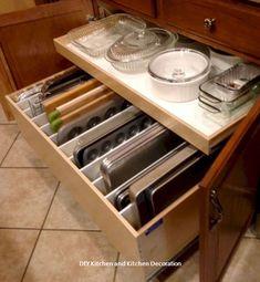 59 smart kitchen cabinet organization ideas кухня хранение п Smart Kitchen, Tidy Kitchen, Diy Kitchen Storage, Kitchen Cabinet Organization, Kitchen Drawers, Kitchen Tops, Cheap Kitchen, New Kitchen, Storage Organization