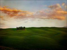 >vacating<  gorgeous Tuscany