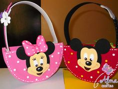 Items similar to Mickey and Minnie Candy Bags on Etsy Minnie Mouse 1st Birthday, Minnie Mouse Theme, Mickey Y Minnie, Easy Crafts For Kids, Diy And Crafts, Disney Island, Hello Kitty Crafts, Envelope Box, Candy Bags