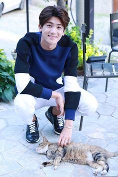 Look at his smile! Strong Girls, Strong Women, Asian Boys, Asian Men, Ahn Min Hyuk, Yongin, Do Bong Soon, Park Bo Young, Yoo Ah In