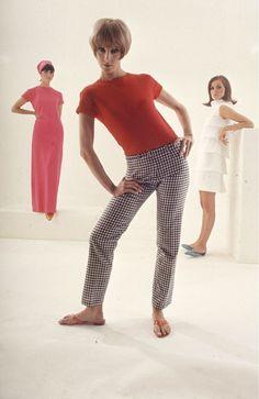 Jack Hanson 1965. Photo Arthur-Rickerby 60s And 70s Fashion, Mod Fashion, High Fashion, Fashion Beauty, Womens Fashion, West Side, Gianni Versace, Fashion Colours, Fashion History