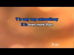 ▶ Karaoke L.O.V.E. - Michael Bublé * - YouTube