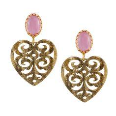 Mit den rosa Steinen wirken die Herz Ohrringe Lovely sehr feminin. Das Ornament-Muster macht sie zu einem liebenswerten, filigranen Accessoire. Sie setzen sanfte Farbakzente und passen zum Candy Look ebenso wie zur Jeans oder zum Dirndl. Exklusiv für INAstyle produziert.