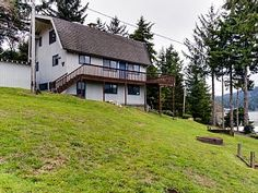 Large Family Home on Devils Lake With Game Room and Views!Vacation Rental in Lincoln City from @HomeAway! #vacation #rental #travel #homeaway