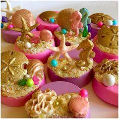 Under the Sea Oreos Party Treats, Party Cakes, Fun Cupcakes, Cupcake Cakes, Macaroons, Moana Birthday Party, Beach Cakes, Little Mermaid Birthday, Oreo Pops