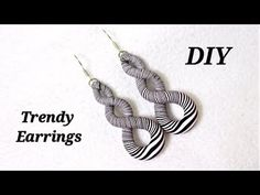 DIY- Less Than 5 minutes Earrings - Easy To Make Trendy Polymer Clay Earrings Polymer Clay Projects, Diy Clay, Clay Crafts, Polymer Clay Necklace, Clay Tutorials, Jewelry Crafts, Jewelry Making, Pink Color, How To Make