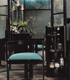 Lalique + loo