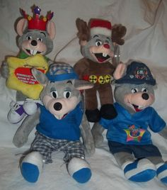 Stuffed Animal Wholesale Lot 4 Plush Chuck E Cheese Birthday Star Reindeer Surf | eBay
