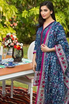 #Khaddi #SummerLawn #Collection2016