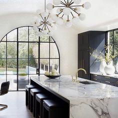Top Three Kitchen Trends of 2018 Modern Kitchen Design Kitchen Top Trends Home Decor Kitchen, Interior Design Kitchen, Modern Interior, Space Kitchen, Luxury Kitchen Design, Interior Livingroom, Room Interior, Black Kitchens, Home Kitchens