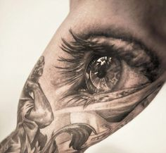 Tattoo Artist - Niki Norberg - eyes tattoo