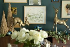 I found some adorable brass deer like this at a consignment shop this week. Loving teal and gold this holiday season!