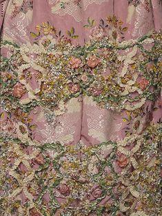 Вышивка на женской одежде 18 века - Ярмарка Мастеров - ручная работа, handmade