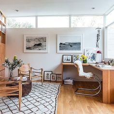super stylist @jessicaderuiter LA home office onekingslane.com style guide those Kaare Klint Danish safari chairs! @kczarra✏️ + @nlamotte