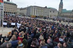 Alles Nazis? Tausende Russland-Deutsche demonstrieren gegen Merkels Asylpolitik - http://www.statusquo-news.de/alles-nazis-tausende-russland-deutsche-demonstrieren-gegen-merkels-asylpolitik/