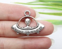 Own Charm ~UFO Charms Antique Silver Tone Alien Charm 22*30mm