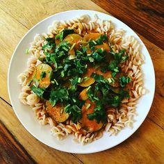 Vegan Gluten Free Organic Pasta 😊#vegan #glutenfree #organic #pasta #nongmo #tomatoes #homemade #tomatoesauce #marinerasauce #spices #turmeric #paprika #blackpepper #himalayansalt #garlic #zucchini #oliveoil #coconutmilk #cilantro #thyme #intuitiveeating