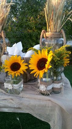Wedding Aisle Decorations, Table Decorations, Cabin Homes, Rustic Decor, Bridal Shower, Projects To Try, Interior, Plants, Shower Ideas