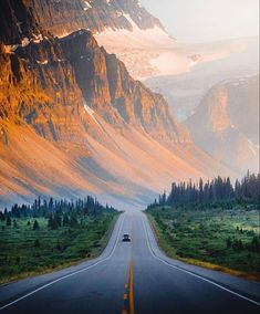 Beautiful Roads, Beautiful Landscapes, Alberta Canada, Banff Alberta, Banff Canada, Ottawa, Quebec, Ontario, Wonderful Places