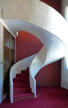 Luigi Moretti, Palestra del Duce, Rome, 1936 (helical staircase)