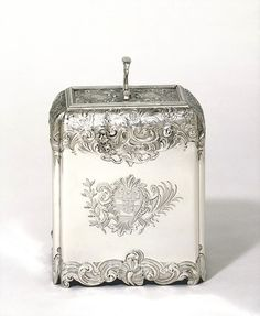 Paul de Lamerie (1688 - 1751) was the most famous Huguenot silversmith in early 18th century London and his works are highly notable in the Rococo style. Maynard Master worked for Paul de Lameri during 1736-45 would be Charles Frederick Kandler who arrived in London from his native Dresden in 1727. He is believed to have been a younger brother of Johann Joachim Kandler, the famous modeler at the Meissen Factory.