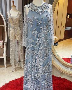 65 Ideas For Bridal Wear Pattern Hijab Evening Dress, Hijab Dress Party, Hijab Style Dress, Kebaya Lace, Kebaya Dress, Dress Brukat, The Dress, Couture Dresses, Bridal Dresses