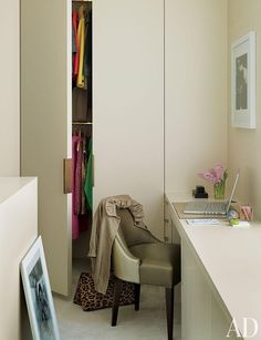 A Manhattan duplex features a petite dressing room that doubles as a home office.