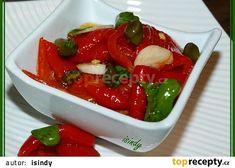 Nakládané pečené kapie recept - TopRecepty.cz Caprese Salad, Bruschetta, Preserves, Pickles, Ethnic Recipes, Food, Red Peppers, Preserve, Eten
