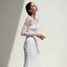 フォーマルをスタイリッシュにに着こなしたい♡フォーマルな花嫁衣装を着たい!ドレス参照一覧まとめ♡