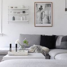 What a beautiful cosy living room! Featuring the popular String Pocket shelf, only a few of the shelf in white remaining in stock . Hope you're all having a great Saturday! . Beautiful capture by @sannes_uni #pinterest #livingroom #livingroomdecor #nordichome #nordicinspiration