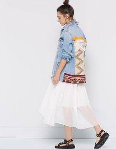 Pull&Bear - dames - nieuwigheden - oversized denim jack met borduursel rugpand - blauw - 09710334-I2016